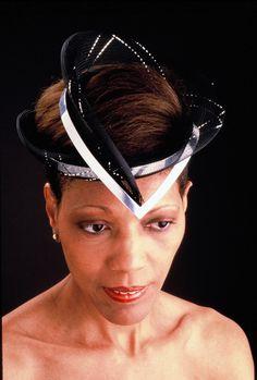 90953d688f2 Aluminum and horsehair veiling headdress