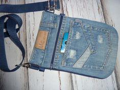 Artisanats Denim, Denim Purse, Jean Crafts, Denim Crafts, Diy Bags Jeans, Jean Diy, Denim Handbags, Denim Ideas, Recycled Denim