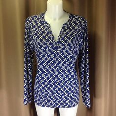 """Anne Klein tunic top Modern abstract houndstooth print in blue, white, and black knit. Size L should fit  12/14. Measures 26"""" shoulder to hem,  20"""" across bust front, sleeve length 23"""". Knit fabric has nice stretch and weight. Anne Klein Tops Tunics"""