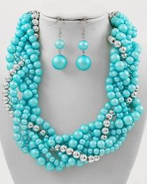 Aqua blue pearlz. A summer must have!