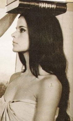 elena nathanail Old Greek, Cosmic Girls, Beauty Make Up, Mona Lisa, Photoshoot, In This Moment, Celebrities, Artwork, People