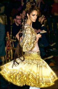 Jean Paul Gaultier Couture S/s 2006 - Click for More...
