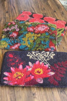 colorful door mats... yes!