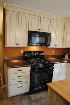 options for kitchen cabinets 1000 images about kitchens on hickory 24074