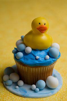 baby shower cupcakes, ducki cupcak, baby shower ideas, baby boy shower, rubber ducki, bubble baths, babi shower, rubber ducks, baby showers