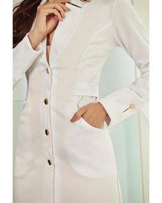 Amar é... ter uma JalecoChic para chamar de seu💖 Scrubs Outfit, Scrubs Uniform, Medical Scrubs, Hottest Photos, Work Wear, Chef Jackets, Couture, Outfits, Clothes