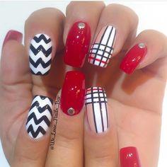 Las extensiones de uñas en acrílico y en gel son una excelente opción para…