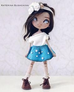 Crochet Amigurumi Free Patterns, Crochet Doll Pattern, Crochet Doll Clothes, Knitted Dolls, Crochet Gifts, Crochet Toys, Doll Toys, Baby Dolls, Sewing Toys