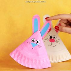 Rocking Paper Plate Bunny - Easy Peasy and Fun Monkey Crafts, Bird Crafts, Bunny Crafts, Diy Crafts For Kids Easy, Easter Crafts For Kids, Easter Ideas, Easy Diy, Paper Plate Crafts, Paper Plates