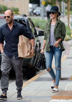 Street style do casal Rosie Huntington-Whiteley e Jason Statham.