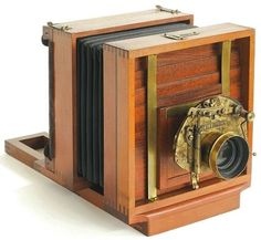 Antique Camera: Wing's View Camera, 1887