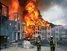 Ev Sahiplerine 'Yangın Tüpü' Zorunluluğu mu ?
