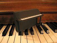 Dollhouse Decorating!: Make your own miniature dollhouse piano!
