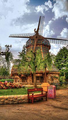 500px / Photo Fantastic Windmill
