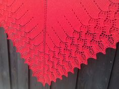 Ravelry: Fireweed Shawl pattern by Po Lena