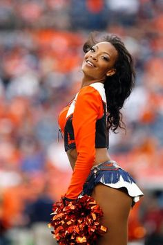 Best cheerleader shots of the Broncos vs. Eagles game.