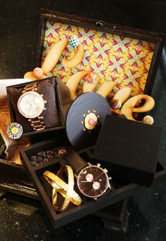 Gifts For Guys For Wedding Indian : ... on Pinterest Ferrero rocher, Chocolate bouquet and Engagement gifts