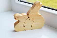 Easter gift - Wood rabbit - Wooden Puzzle bunny - Educational toys - montessori toys - Kids gifts - Animal puzzle - rabbits family