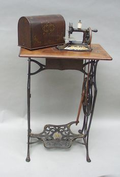 Image from http://www.patented-antiques.com/images/PA-PAGEPICS/mueller16/mueller-trd.jpg.