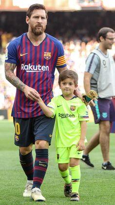 Leonel Messi, Fc Barcelona, Lionel Messi Barcelona, Messi Pictures, Messi Photos, Messi Vs, Messi Soccer, Lionel Messi Family, Cr7 Junior