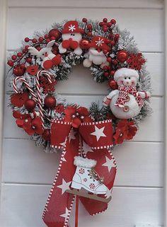 Clarah / Vianočný veniec na americký spôsob Christmas Wreaths, Holiday Decor, Home Decor, Christmas Garlands, Homemade Home Decor, Holiday Burlap Wreath, Decoration Home, Interior Decorating