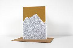 Klappkarte Mountains, grau Klappkarte A6 gedruckt auf hochwertigem Recyclingpapier. Umschlag aus Recyclingpapier.  2,80 € inkl. MwSt., zzgl. Versandkosten