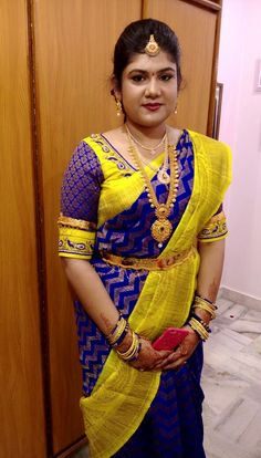 Hallo my work Saree Blouse Models, Pattu Saree Blouse Designs, Blouse Designs Silk, Designer Blouse Patterns, Dress Neck Designs, Bridal Blouse Designs, Simple Blouse Designs, Stylish Blouse Design, Lehenga