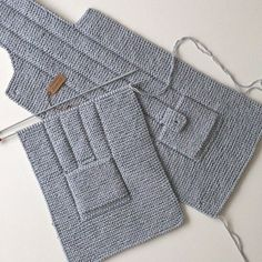 This Pin Was Discovered By Huz - Diy Crafts - Qoster Baby Boy Knitting Patterns, Knitting For Kids, Easy Knitting, Knitted Baby Cardigan, Baby Pullover, Crochet Baby, Knit Crochet, Diy Crafts Knitting, Kids Vest