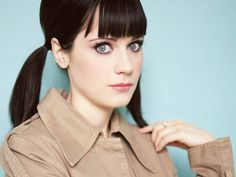 The hair/makeup/Zooey. <3