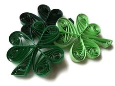 Patrick's Day Shamrock Ornament Set in Forest Green, Leaf Green, and Pastel Green from WintergreenDesign Quilling Cards, Paper Quilling, St Paddys Day, St Patricks Day, Shamrock Pictures, Paper Art, Paper Crafts, Different Holidays, Luck Of The Irish