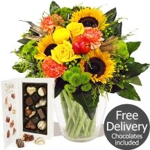 Harvest Festival Bouquet & FREE Chocolates Sunflowers #flowers Sunflower Bouquets, Gifts Delivered, Flowers Delivered, Sunflowers, Chocolates, Free Delivery, Harvest, Table Decorations, Floral