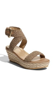 Perhaps the perfect spring sandal?