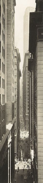 Exchange Place. Lower Manhattan 1933,  NEW YORK CITY.  (Berenice Abbott photography 1933)