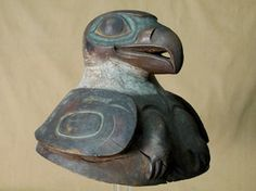 A Hidden Treasure Revealed: Rare Tlingit War Helmet Discovered at Springfield Science Museum. Springfield where? Anyone know what state or province? Native American Artifacts, Native American Indians, Native Americans, Arte Haida, Tlingit, Anthropologie, Art Premier, Inuit Art, Science Museum