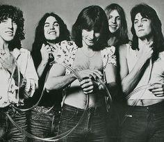 UFO 1976 : Danny Peyronel, Andy Parker, Phil Mogg, Pete Way, Michael Schenker