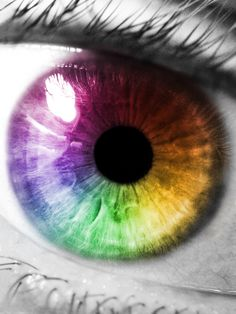 Industry Experts Give You The Best Beauty Tips Ever – Lazy Days Beauty Beautiful Eyes Color, Pretty Eyes, Cool Eyes, Rainbow Eyes, Rainbow Colors, Multi Colored Eyes, Realistic Eye Drawing, Eye Painting, Look Into My Eyes