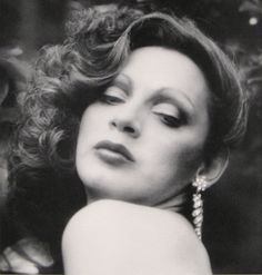 Holly Woodlawn is a Puerto Rican actress and former Warhol superstar, who appeared in his movies Trash and Women in Revolt.  Born: October 26, 1946 (age 67), Juana Díaz, Puerto Rico