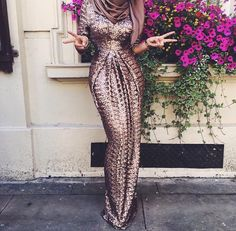 Hijab Prom Dress, Hijab Gown, Hijab Wedding Dresses, Gala Dresses, Modest Dresses, Pretty Dresses, Beautiful Dresses, Muslim Women Fashion, Islamic Fashion