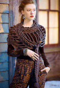 #29 Double Ladder Wrap, de Jenny King. http://www.ravelry.com/patterns/library/29-double-ladder-wrap