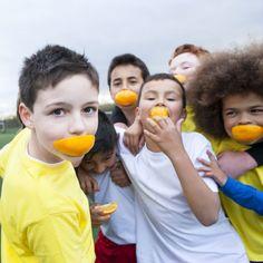 En Guiainfantil.com te contamos cómo alimentar al niño que realiza actividades deportivas