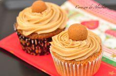 Cupcakes de nueces con frosting de cafe