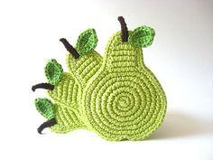 crochet pear coasters. cute.