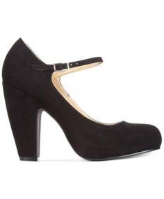 mary-jane-shoe-fetish-naked-women-ankles