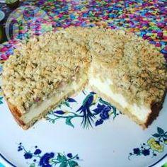 Streusel-Rhabarberkuchen mit Quark, Quarktorte, Käsekuchen,  Rhabarbertorte, Streuselkuchen @ de.allrecipes.com