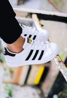 Image via We Heart It #adidas #andwhite #black #shoes #superstar #spow #snapchat #pluta00