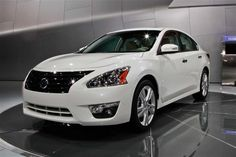 Nissan Altima Sedan White