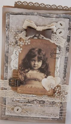 love this vintage image Christmas Scrapbook Layouts, Scrapbooking Layouts, Vintage Scrapbook, My Scrapbook, Foto 3d, Heritage Scrapbooking, Shabby Chic Cards, Fabric Journals, Handmade Tags
