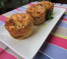 Muffin al prosciutto crudo e radicchio - Ricetta su AdessoCucina.com