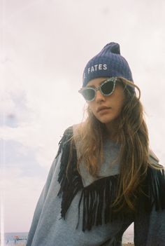 Zara Mirkin x Teresa Oman x Stolen Girlfriends Club Club Style, My Style, Teresa Oman, Casual Outfits, Fashion Outfits, Fashion Trends, Oyster Magazine, Framing Photography, Photography Poses