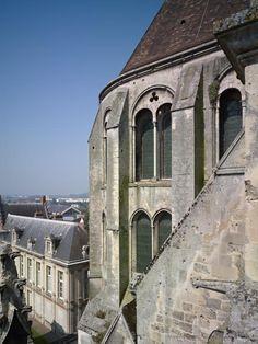 Noyon, Cathédrale Notre-Dame - Mapping Gothic France